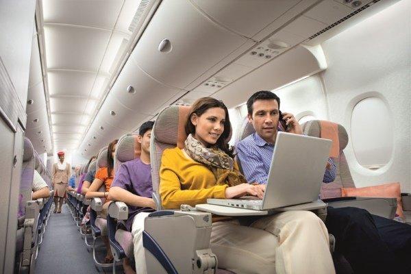 Подключение к интернету на борту авиалайнера
