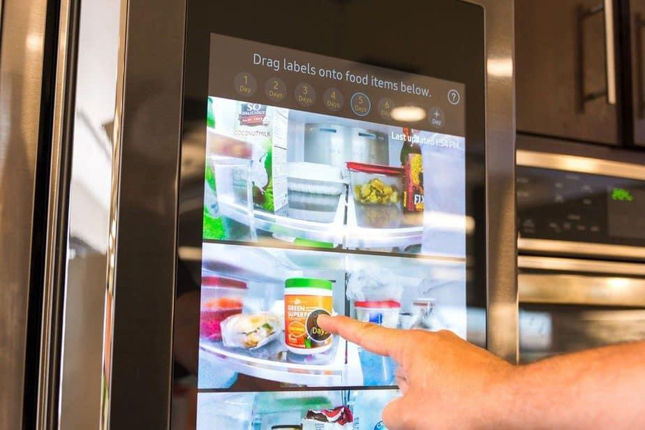 samsung-family-hub-fridge_001